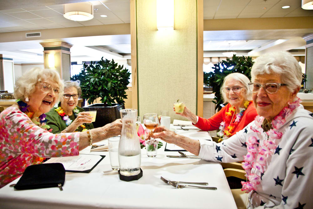 Ladies enjoying lunch together at Merrill Gardens at Bankers Hill
