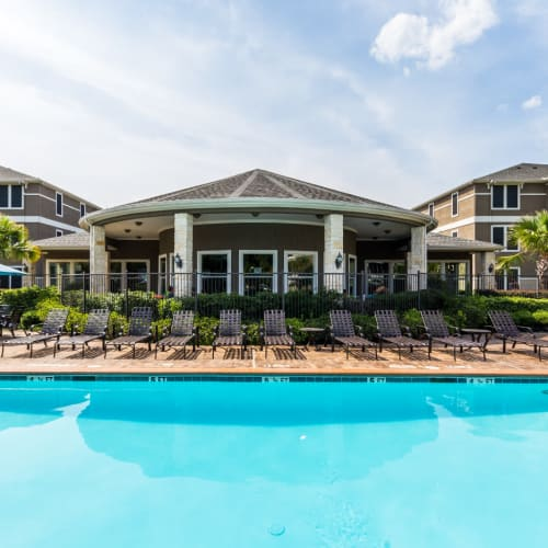 Resident referral bonus at Marquis at The Cascades in Tyler, Texas