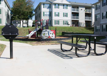 beautiful outside seating at England Run North Apartments