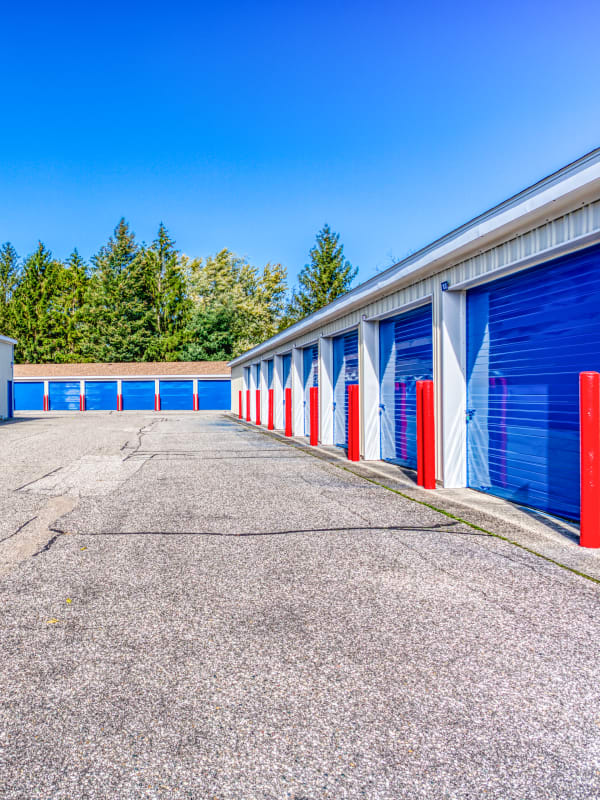 Large driveways and parking spaces at Devon Self Storage in Jenison, Michigan