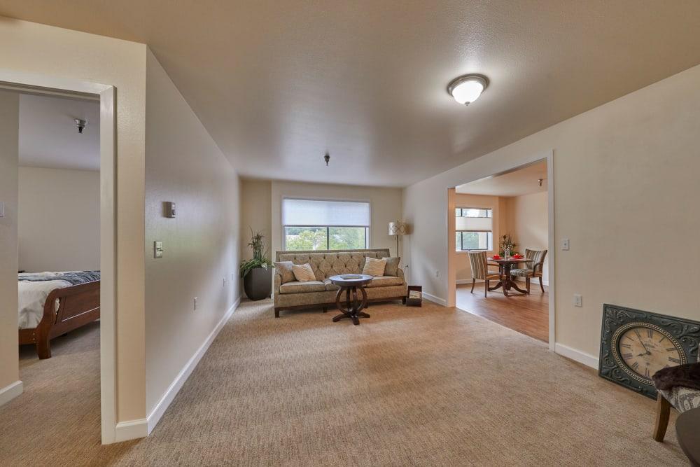 Florence, Oregon spacious senior living unit living room