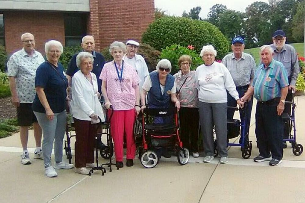 Group photo of residents at Garden Place Waterloo in Waterloo, Illinois.