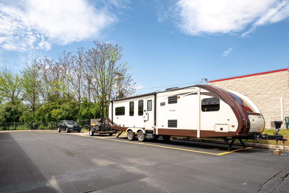 RV Parking at Metro Self Storage in Alcoa, TN