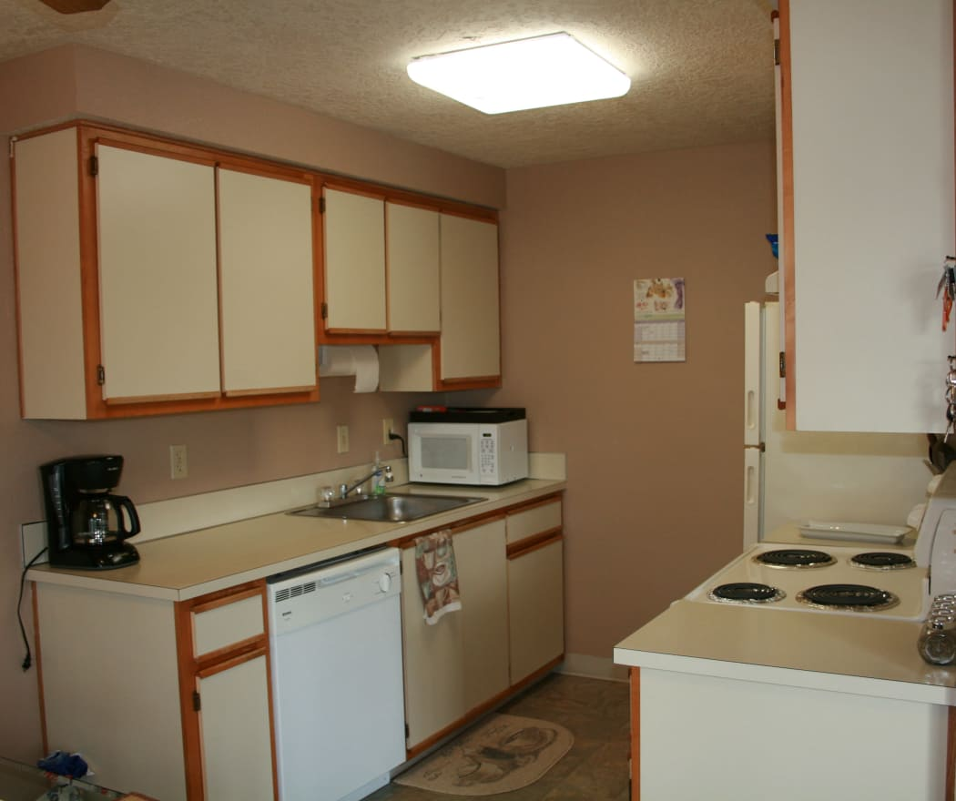 Cheryl Lynn offers a fully equipped kitchen in Salem, Oregon