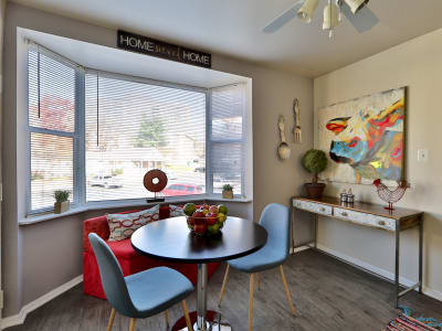 Dining room at Avery Park Apartment Homes