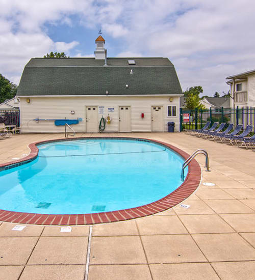 Steeplechase Apartments & Townhomes Offer In-home Washer