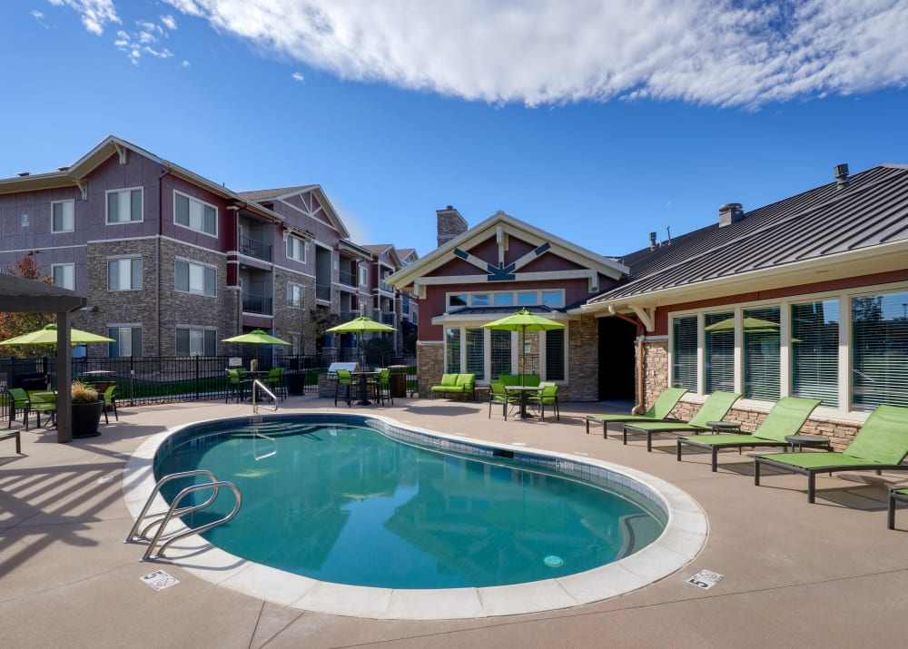 Poolside lounge area at M2 Apartments in Denver,CO