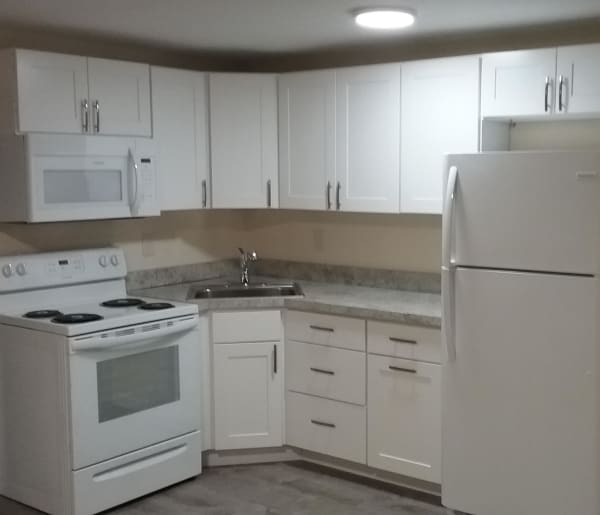 Modern kitchen at Fox Park Apartments in Plymouth, New Hampshire