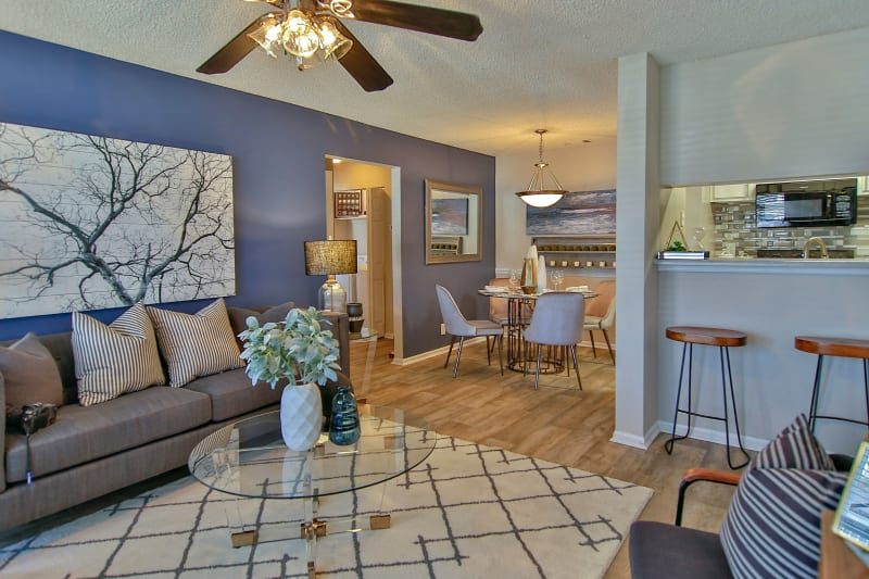 Modern living room with hardwood floors at Lyric on Bell in Antioch, Tennessee