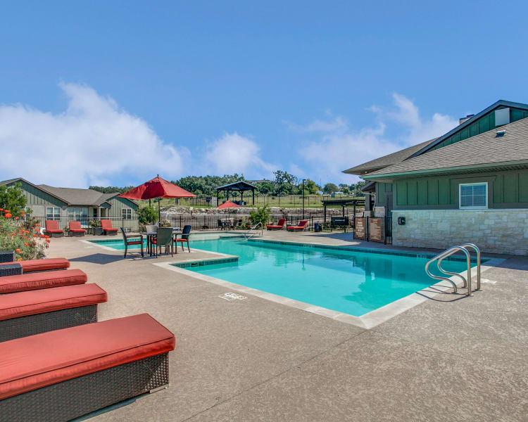 Beautiful swimming pool at Overlook at Stone Oak Park in San Antonio, Texas
