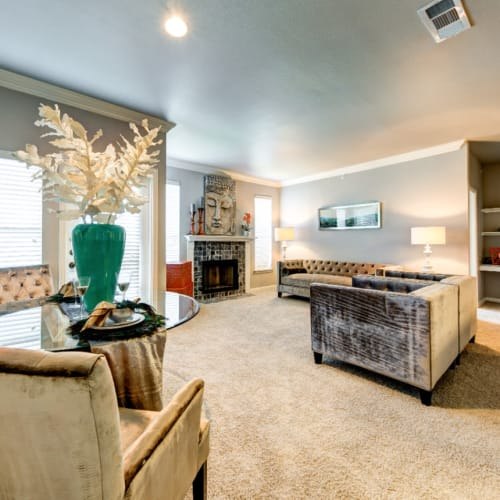 Flexible Lease Terms at Marquis at Silver Oaks in Grapevine, Texas