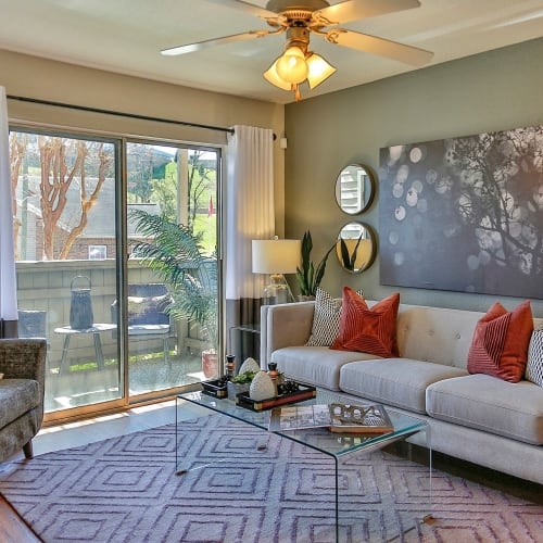 View virtual tour for 1 bedroom 1 bathroom unit at Allegro on Bell in Antioch, Tennessee