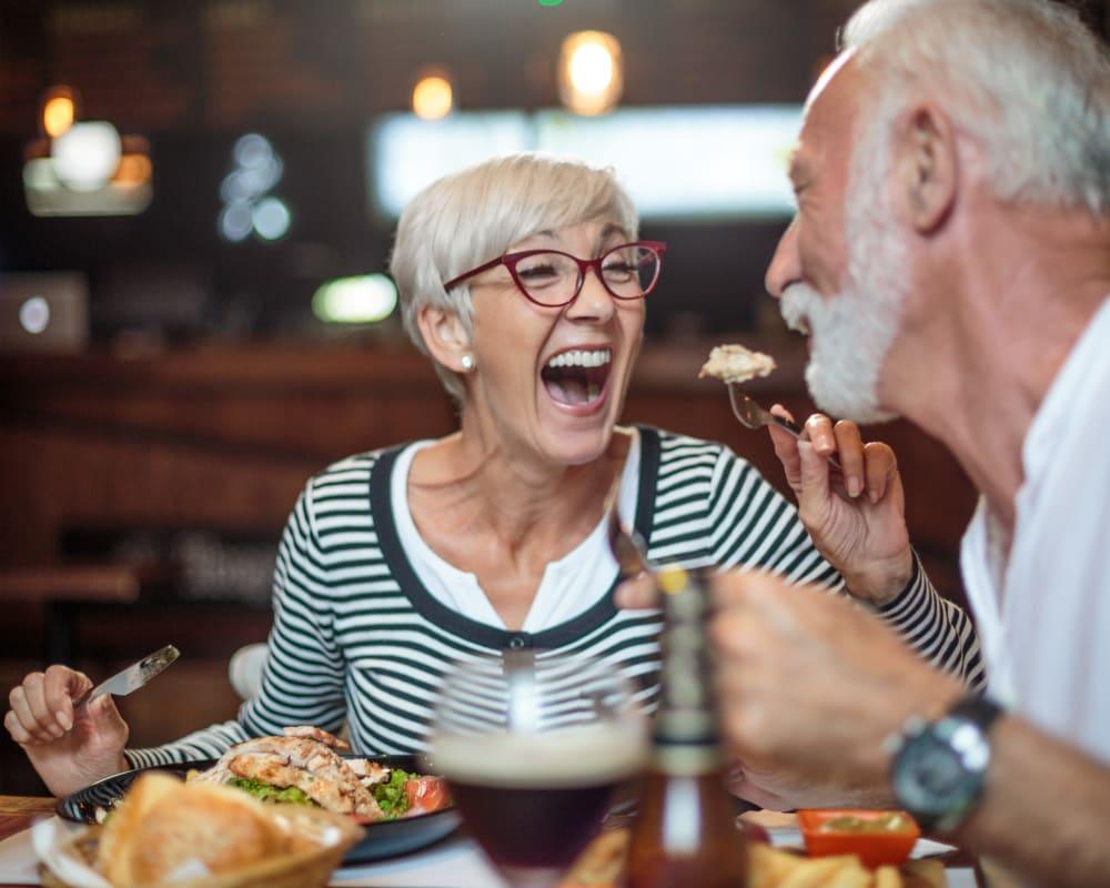 Residents enjoying a meal together at Milestone Senior Living in Faribault, Minnesota.