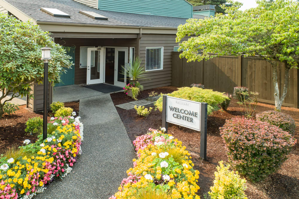 The welcome center at Latitude Apartments in Everett, Washington