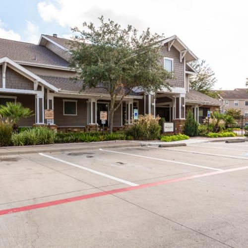 Resident referral bonus at Marquis at Katy in Katy, Texas