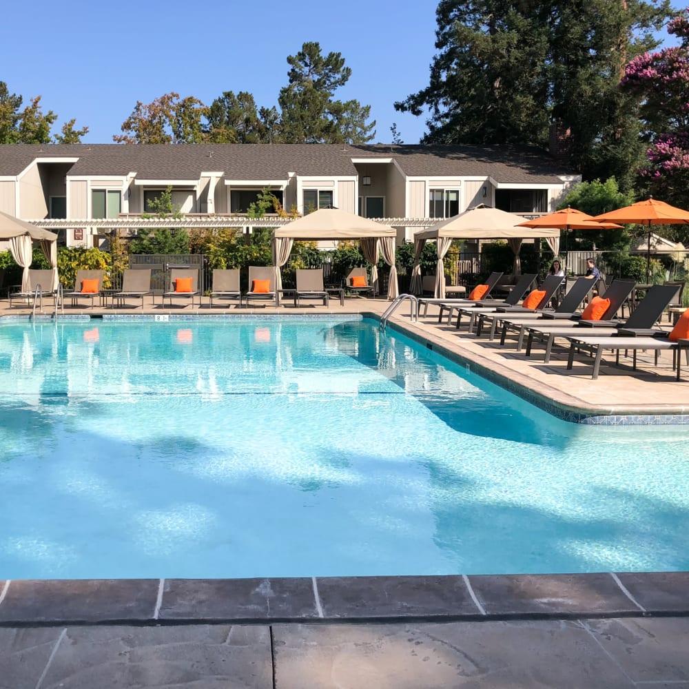 Community amenities at Glenbrook Apartments in Cupertino, California