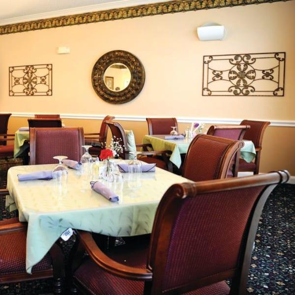 Decorated dining room at Quail Park of Granbury in Granbury, Texas