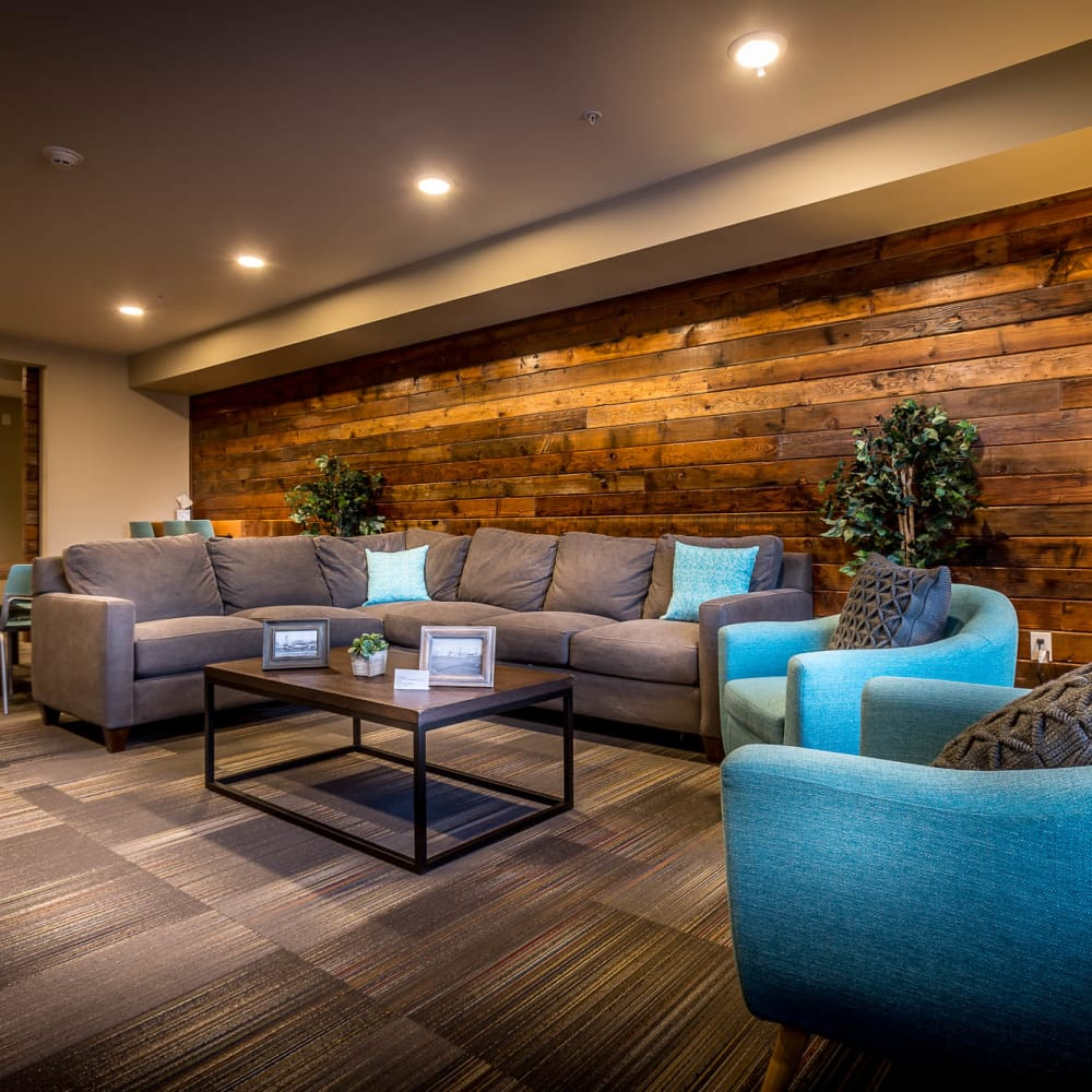 Luxury clubhouse's sitting area at South Block Apartments in Salem, Oregon