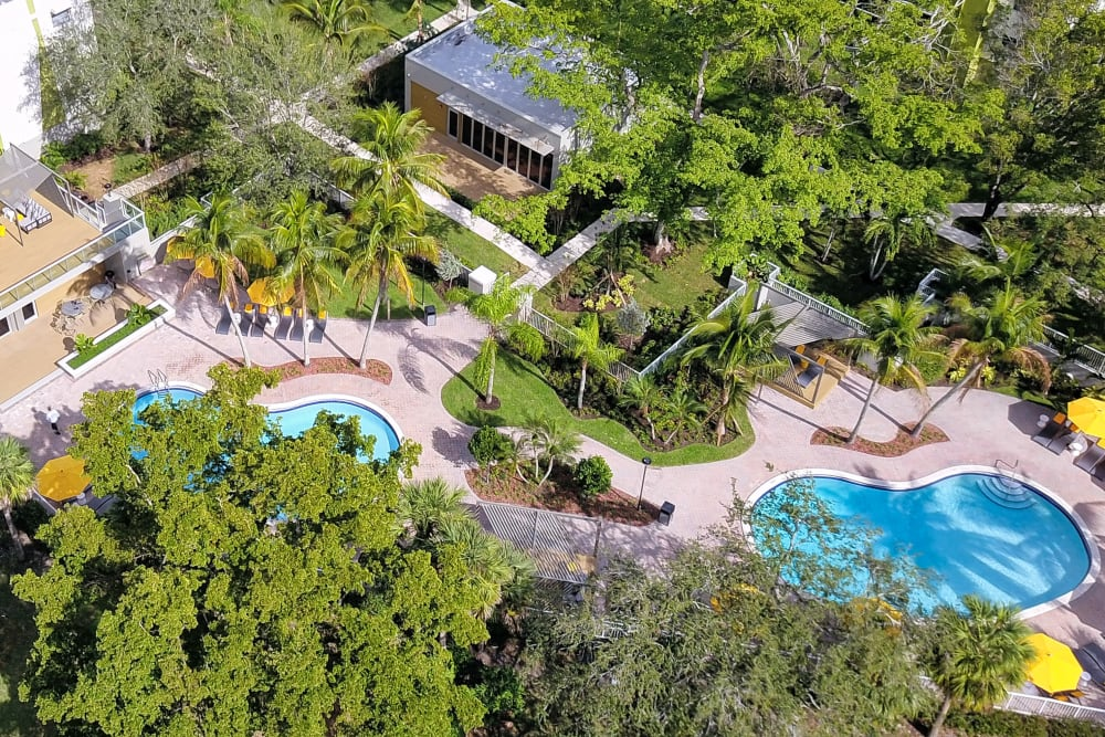 Birds eye view of apartments in Plantation, Florida