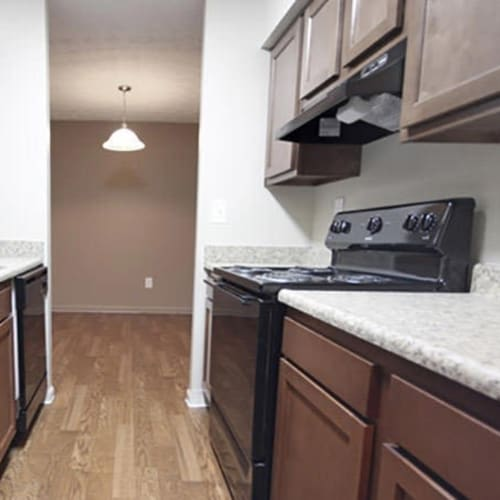 Well-appointed kitchen and dining area at Lakeside Landing Apartments in Lakeside Park, Kentucky