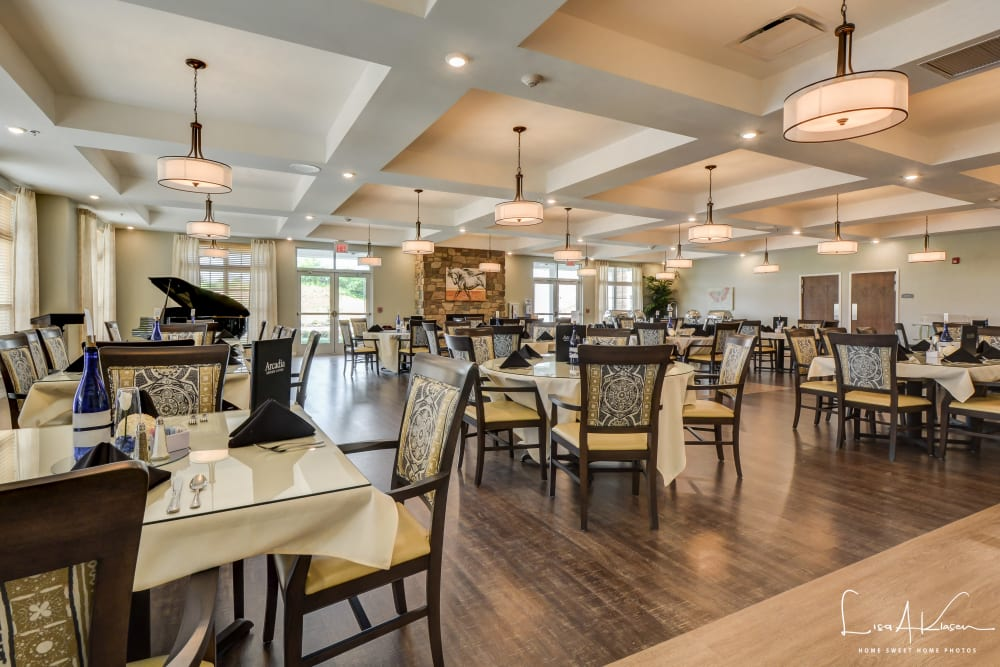 Spacious dining room at Arcadia Senior Living Clarksville in Clarksville, Tennessee