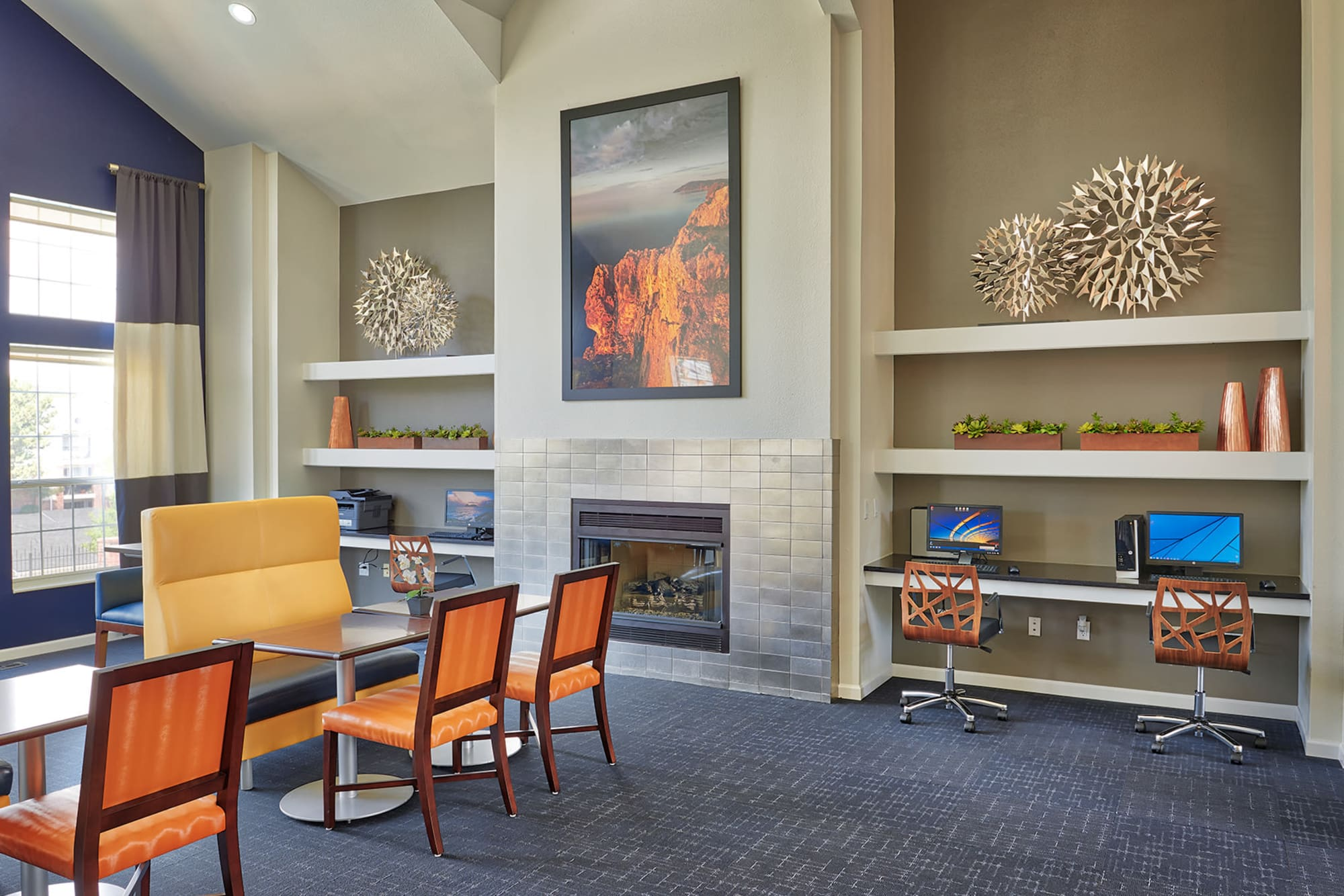 Common Area Clubhouse Lounge with Fireplace in Villas at Homestead Apartments