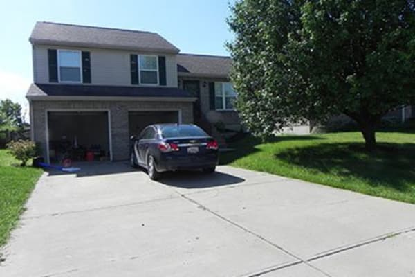 Available single family homes near Legacy Management in Ft. Wright, Kentucky