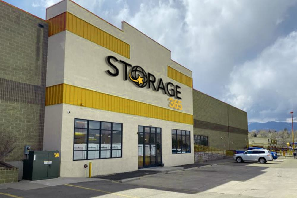 Exterior view of the Rental office and front entrance at Storage 365 in Colorado Springs, Colorado