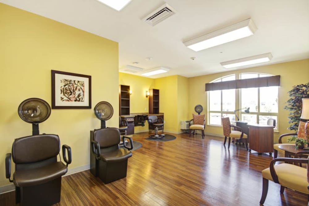 The salon at The Oaks, A Merrill Gardens Community in Gilbert, Arizona.