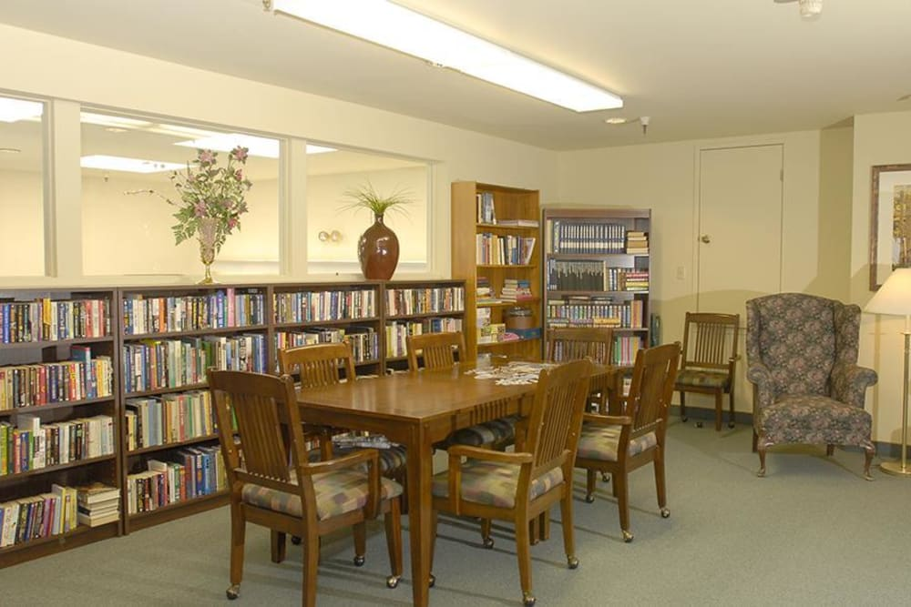 Community library at Hilltop Commons Senior Living in Grass Valley, California