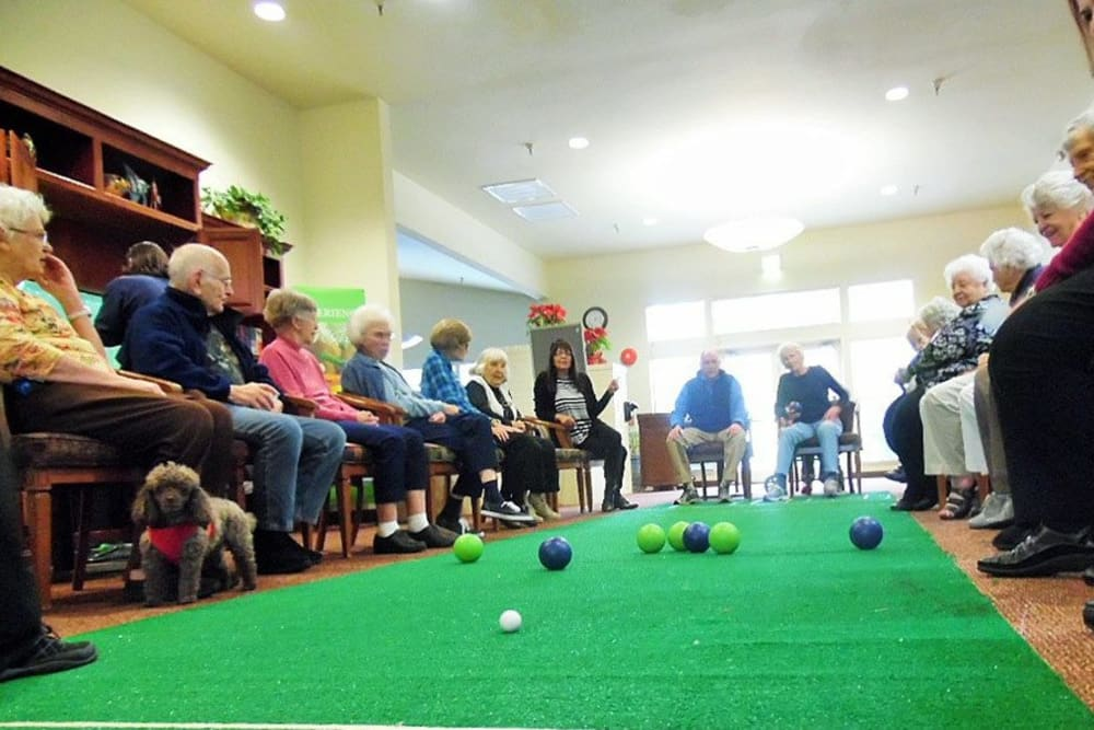 Residents playing games at Hilltop Commons Senior Living in Grass Valley, California