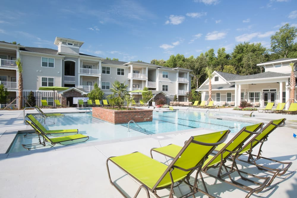 A beautiful resort-style swimming pool at Ansley Commons Apartment Homes in Ladson, South Carolina