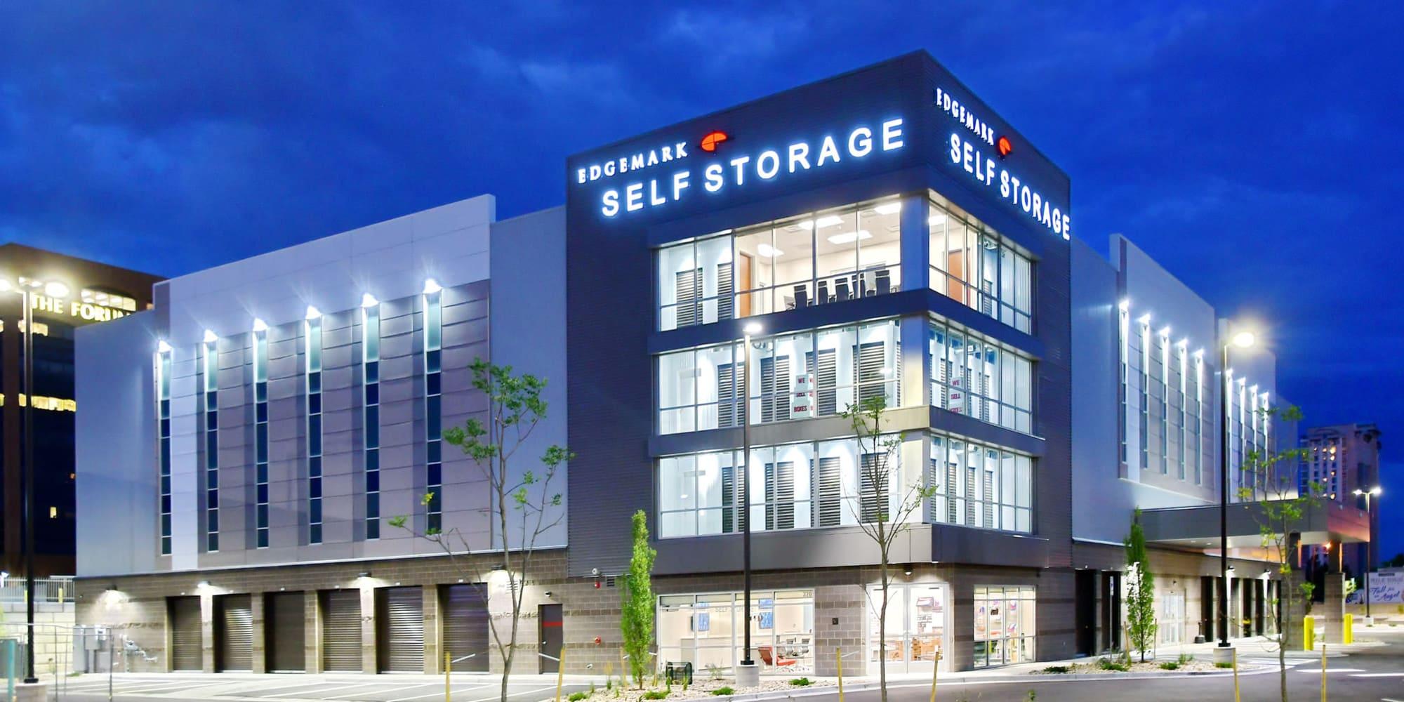 Self storage in Glendale, CO