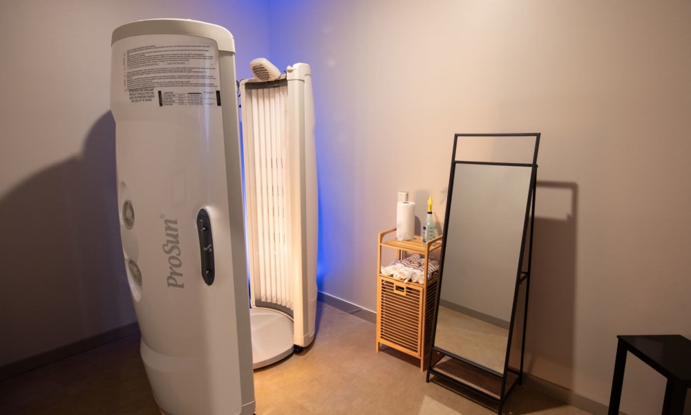 Tanning bed available to keep that summer glow at Luxor Club in Jacksonville, Florida