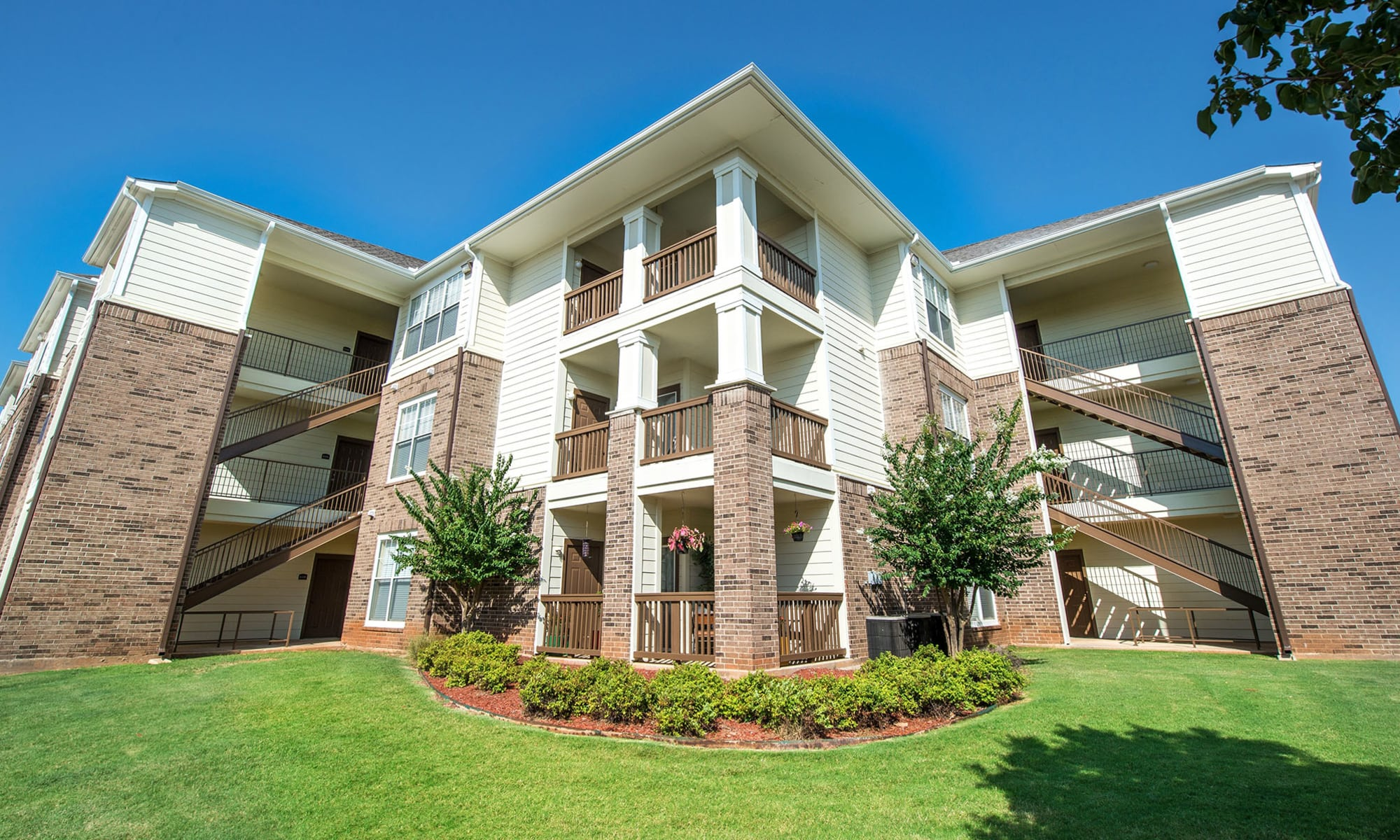 Exterior of apartments in Oklahoma City
