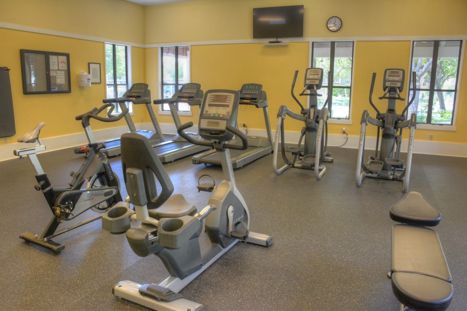 Fitness center at Cotton Wood Apartments in Dublin, California