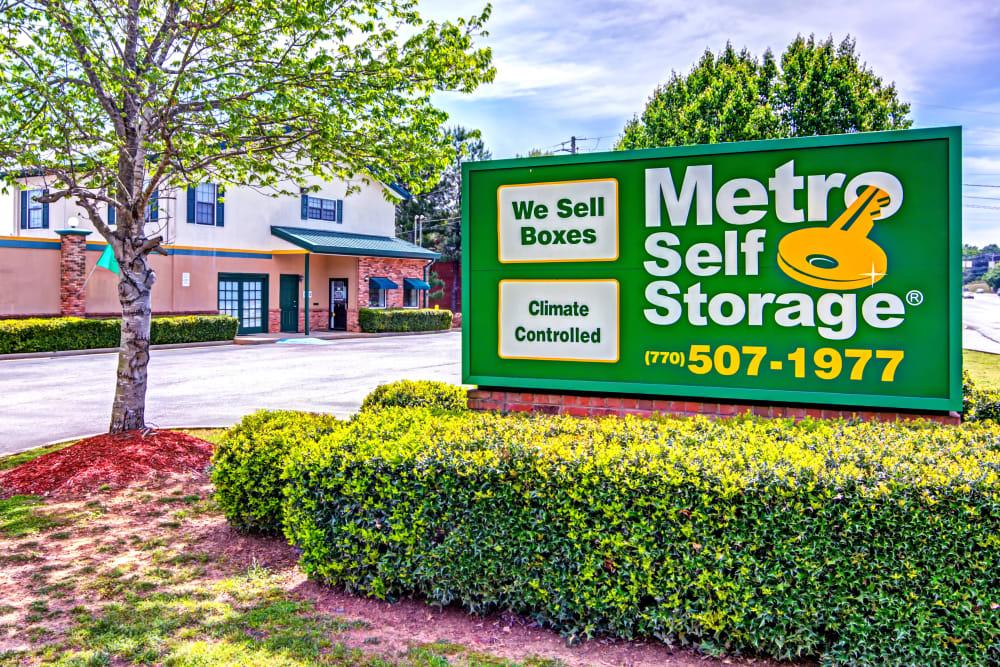 Sign at Metro Self Storage in Stockbridge, Georgia