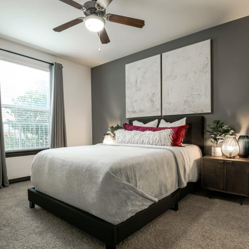View virtual tour for 1 bedroom 1 bathroom home at The Blvd in Irving, Texas