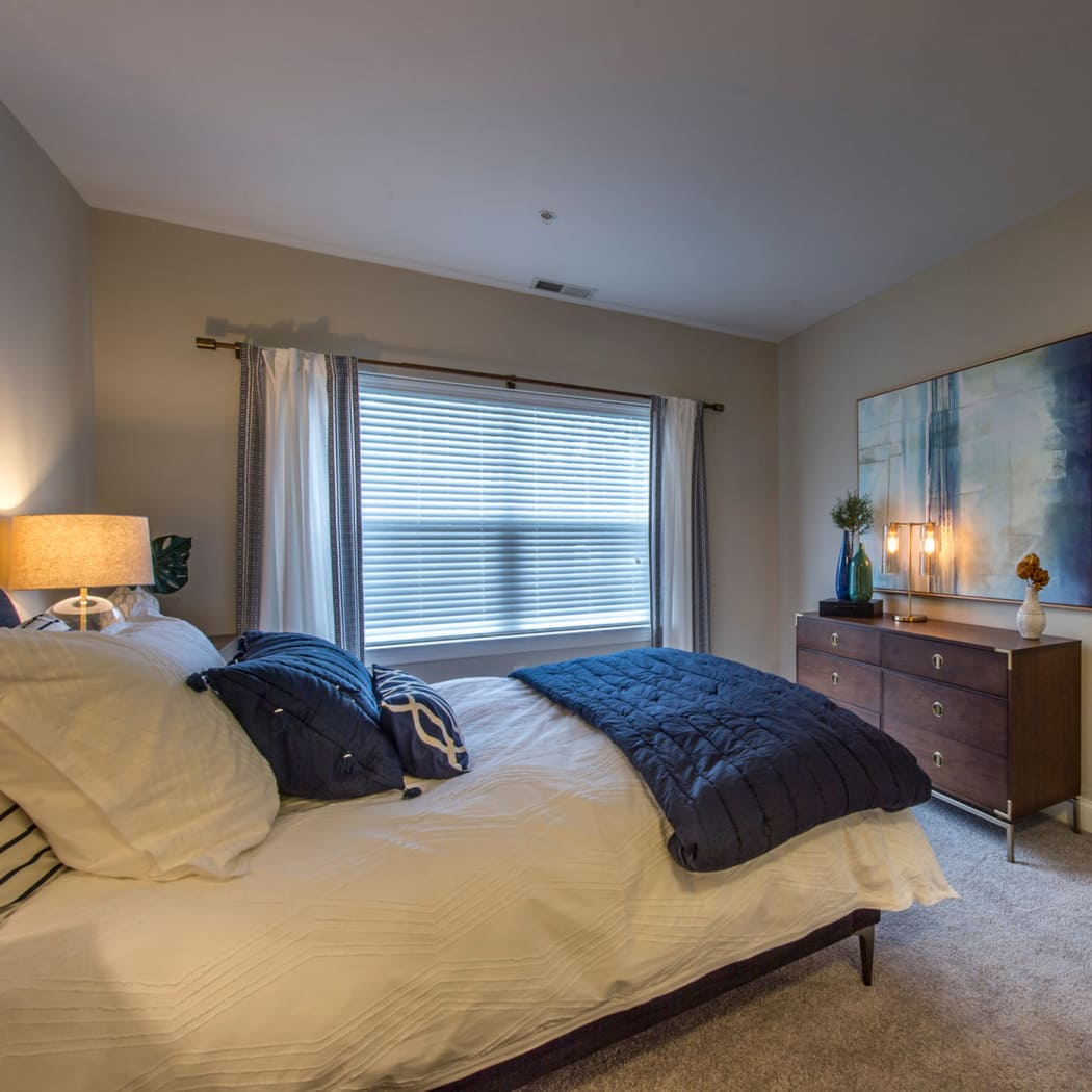 The Cove at Riverwinds showcases a cozy bedroom in West Deptford, New Jersey