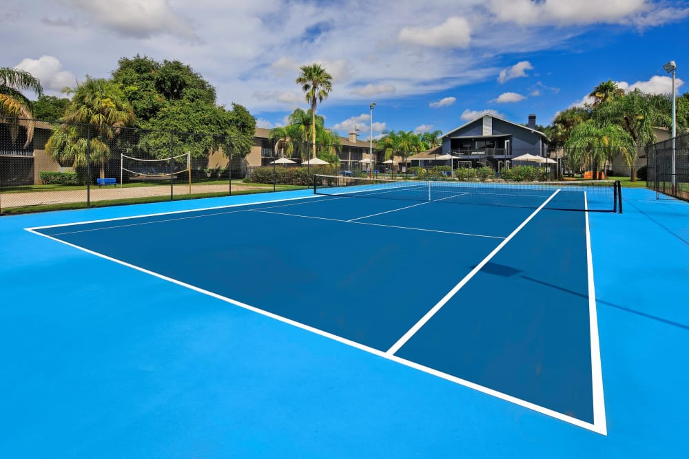 Onsite tennis courts at WestEnd At 76Ten in Tampa, Florida