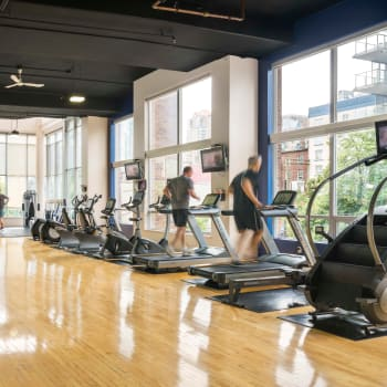 Large gym at Metropolitan Towers in Vancouver, British Columbia