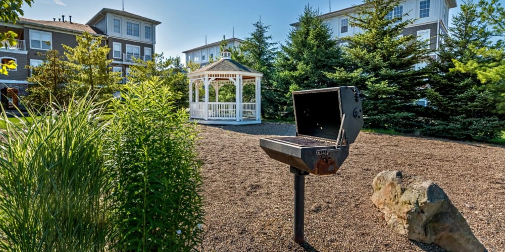 BBQ and gazebo for residents to use at The Docks Apartments & Townhomes in Pittsburgh, Pennsylvania