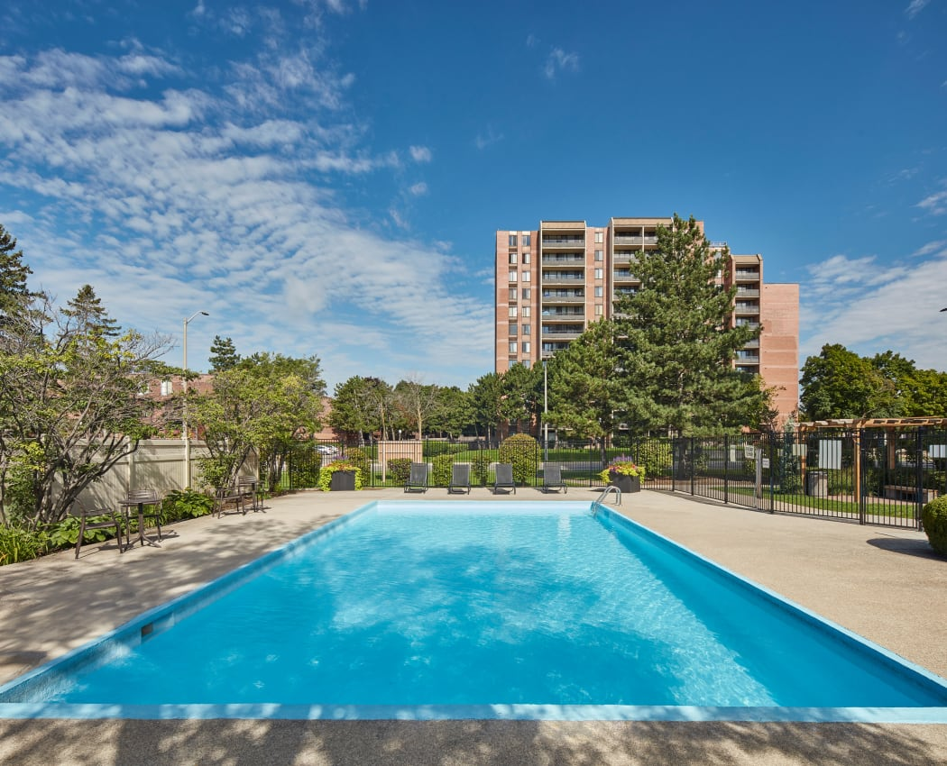 Modern swimming pool at Bristol Court in Mississauga, Ontario