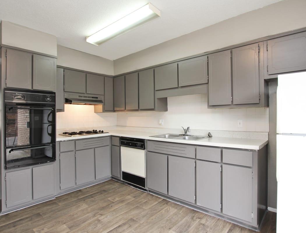 Luxury kitchen at Alturas Embry Hills in Doraville, Georgia