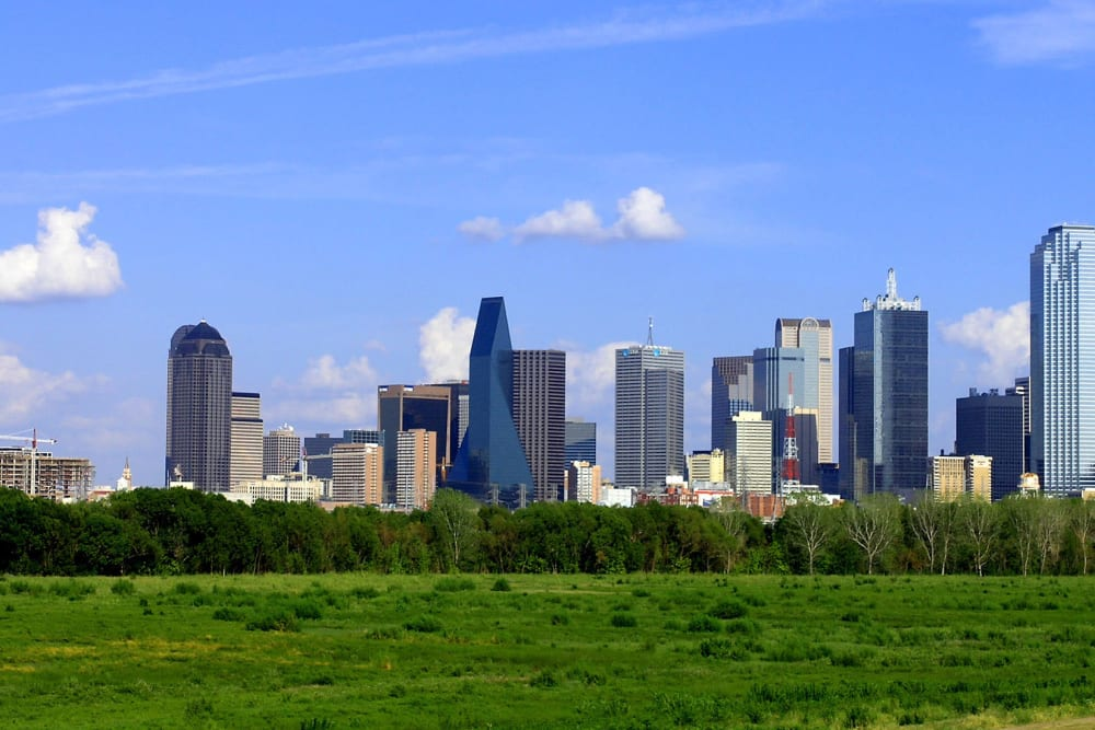Buildings near Windsor in Dallas, Texas