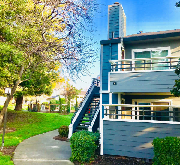 Bennington Apartments has a pool in Fairfield, California