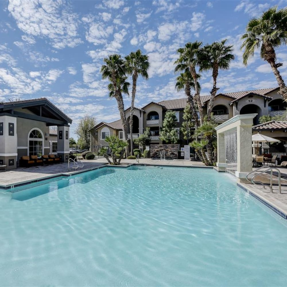 View amenities at The Highlands at Spectrum in Gilbert, AZ