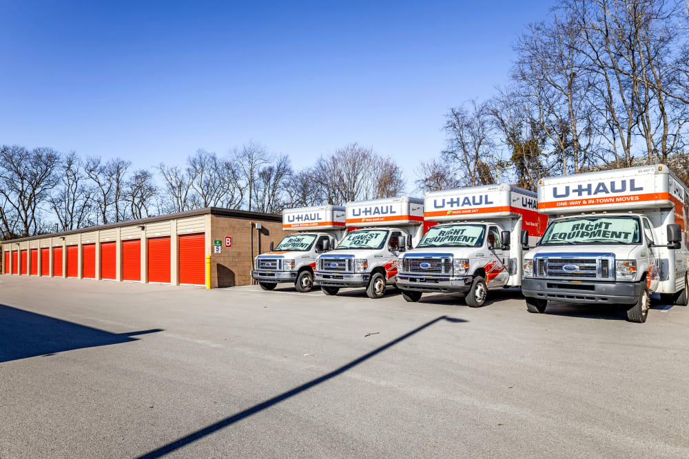 Drive up outdoor access storage units and U-haul rental trucks at Metro Self Storage in Franklin