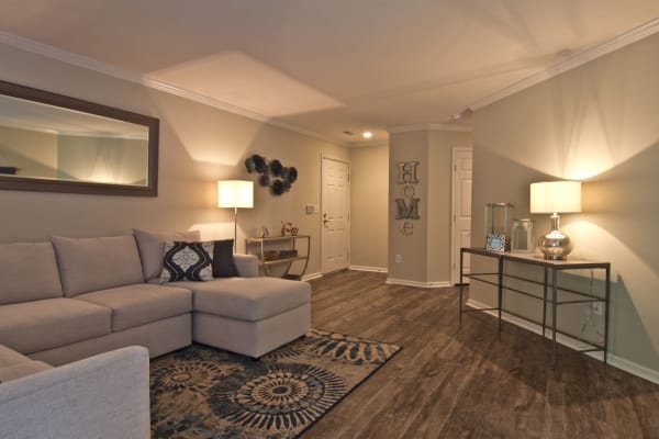 Living room at The Woods at Polaris Parkway Apartments & Townhomes in Westerville, Ohio