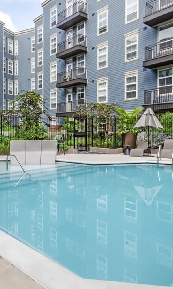 Gorgeous swimming pool and lounge area at Metropolitan Rockville Town Center in Rockville, Maryland